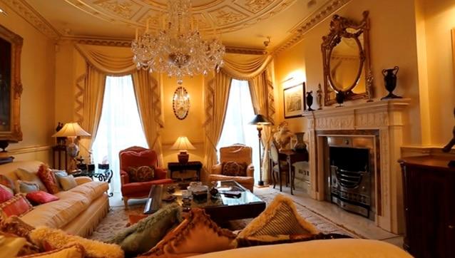 26 wilton place london living room